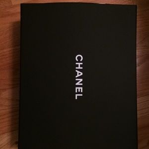 Chanel box for purse